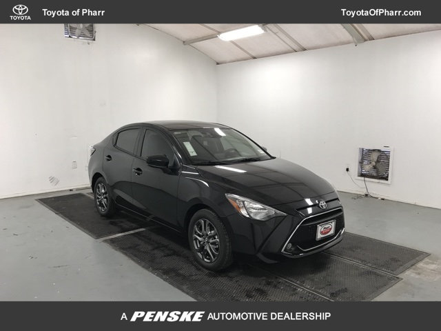New 2019 Toyota Yaris Sedan 4-Door LE Automatic